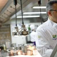 Roger Bouhassoun, le chef de cuisine à La Cheneaudière  © Jérôme Mondière